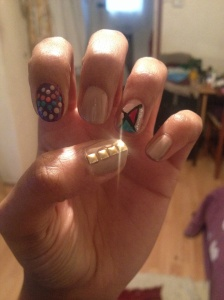 Mixed and nude colours