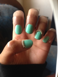 turquoise chained nails